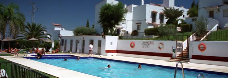 Monte Vinas Pool
