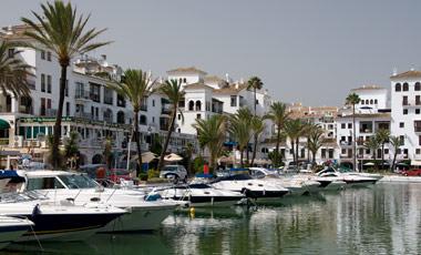 Puerto de la Duquesa, Spanien