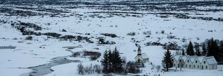Þingvellir National Park med Tingvalla kyrka