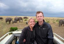 Anki och Lasse på safari i Kenya