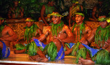 Fiafia dans av män på Aggie Greys, Samoa