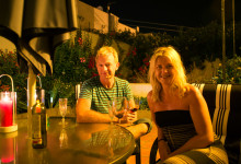 Lugn kväll i trädgården i Monte Viñas