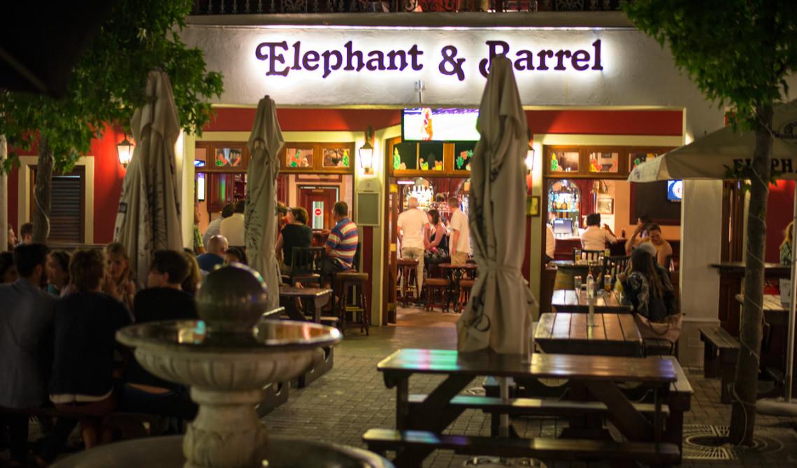 Elephant and Barrel i Franschhoek