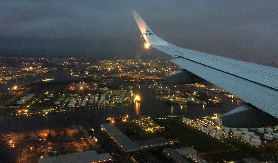 Landning med KLM tidig morgon i Amsterdam