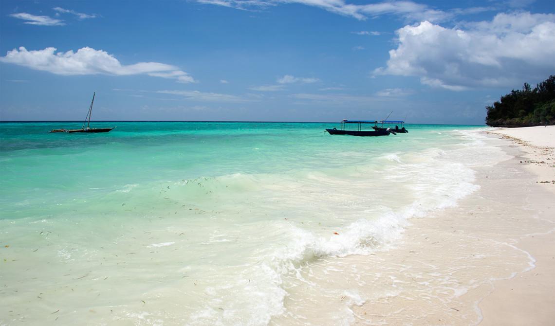 Stranden utanför Manta Resort på Pemba