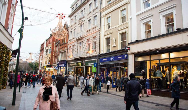 Shoppinggatan i Dublin