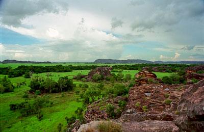 Arnhem Land från klippa i Kakadu National Park