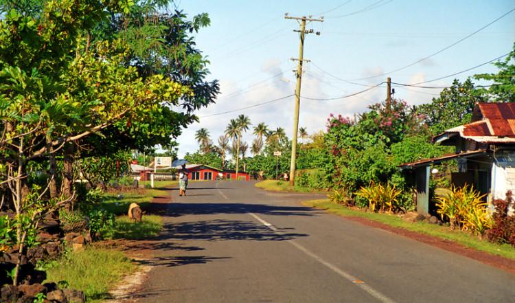 Väg vid Saleia, norra Savei'i Samoa