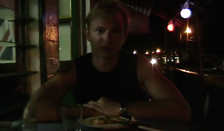Lasse på Georgie's pizzeria, Apia Samoa