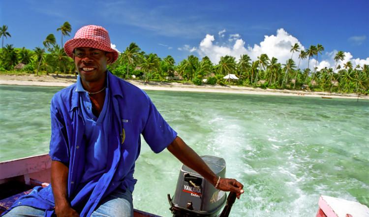 Vi lämnar Nacula Island i båt, Yasawa Fiji
