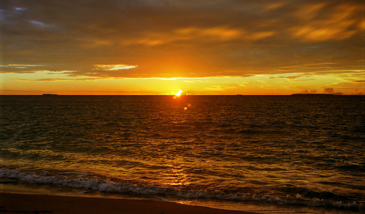 Solen sjunker i söderhavet, Uoleva på Tonga
