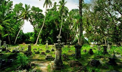 En gamla kyrkogård i L'Union Estates