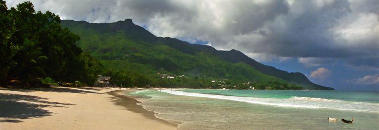Sol över Beau Vallon Beach, Seychellerna