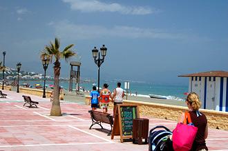 Strandpromenaden i Sabinillas