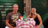 Lasse och Anki på Bar Calice, Bologna Italien