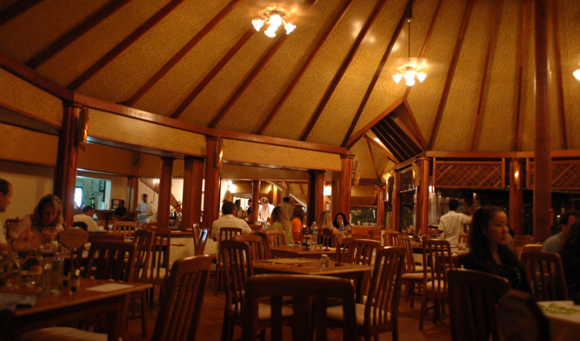 Sunset Restaurant på Vilu Reef