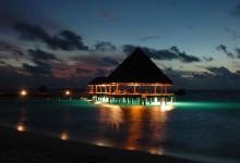 Vilu Reef brygga kvällstid