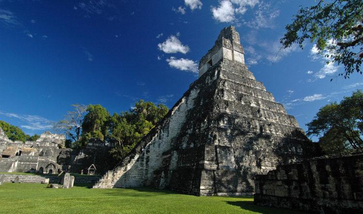 Mayatempel - Templo 1 i Tikal, Guatemala