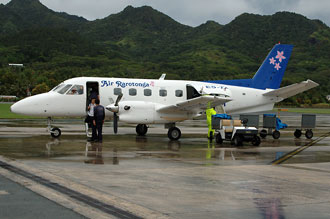 På väg att landa på Rarotonga