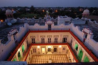 Utsikt ifrån taket på Laxmi Vilas Palace