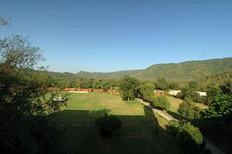 Utsikt ifrån vårt rum på Sariska Palace