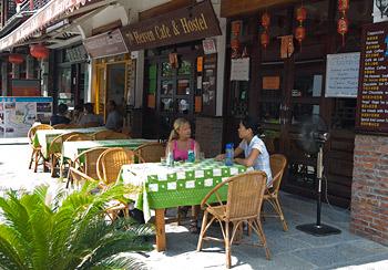 Lunch på Heaven Cafe & Hostel