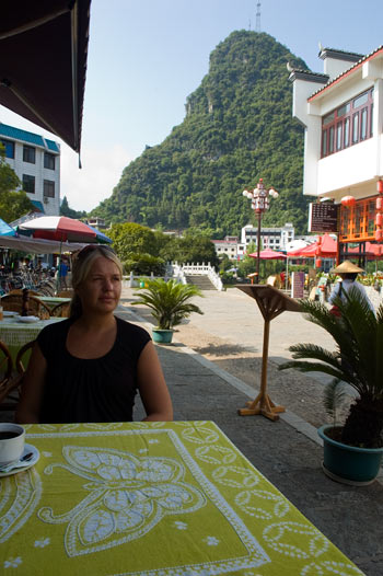 Anki på 7th Heaven Cafe & Hostel, Yangshuo