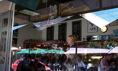 Gino's i Fremantle