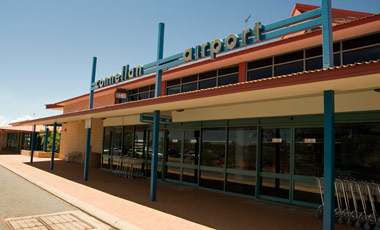Connellan Airport, Ayers Rock