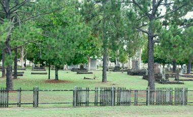 Pioneer Cemetery, Kuranda Scenic Railway