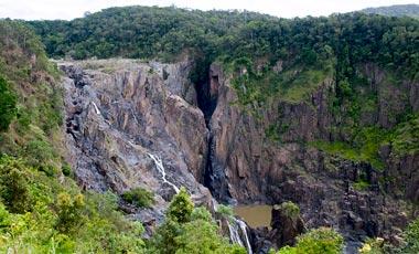 Utsikt över Barron falls, Kuranda Scenic Railway