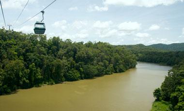 Skyrail rainforest cableway, över flod