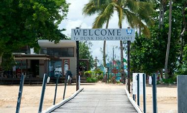 Brygga till Dunk Island Resort