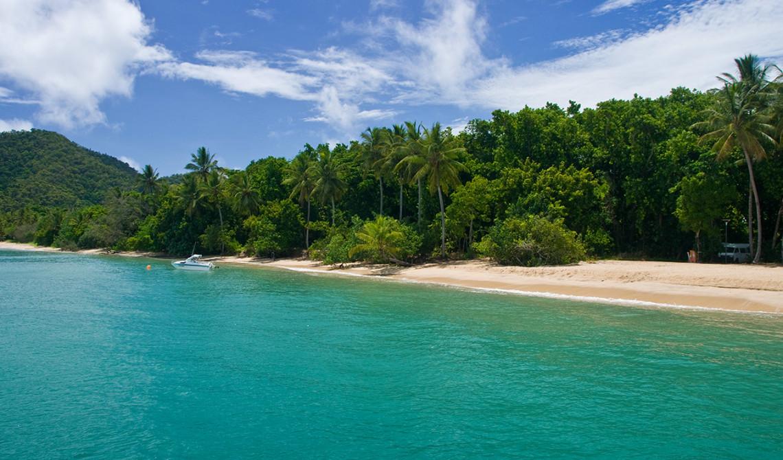 Strand vid Dunk Island, Queensland