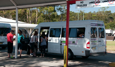 Stopp med bussen för frukost