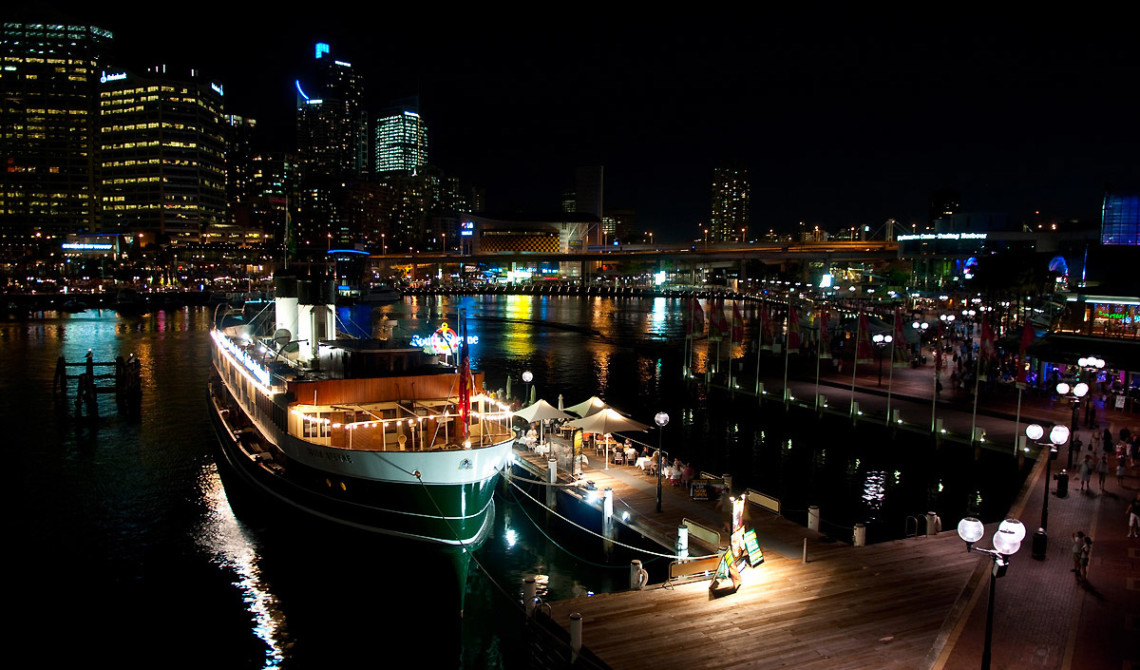 Darling harbour by night, Sydney