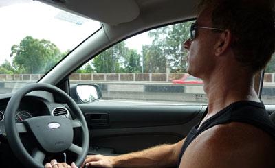 Bilresa från Sydney mot Blue mountains