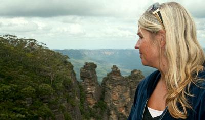 Anki vid Blue mountains med the three sisters i bakgrunden