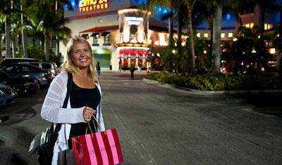 Anki utanför Aventura Mall, Miami