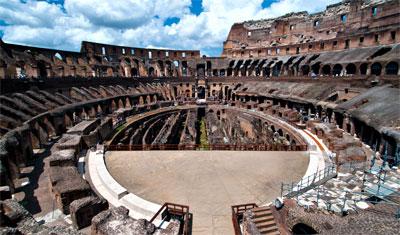 Inne vid södra sidan av Colosseum, Rom