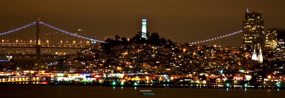San Francisco skyline kvällstid, Kalifornien USA