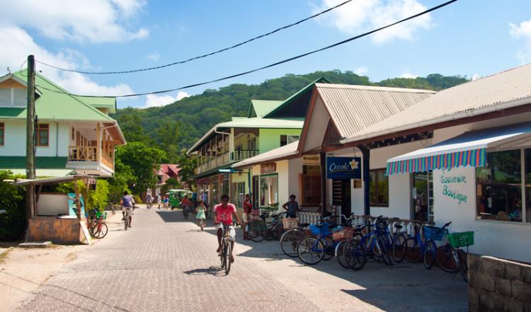 20110218-22-La-Passe-La-Digue-Seychelles