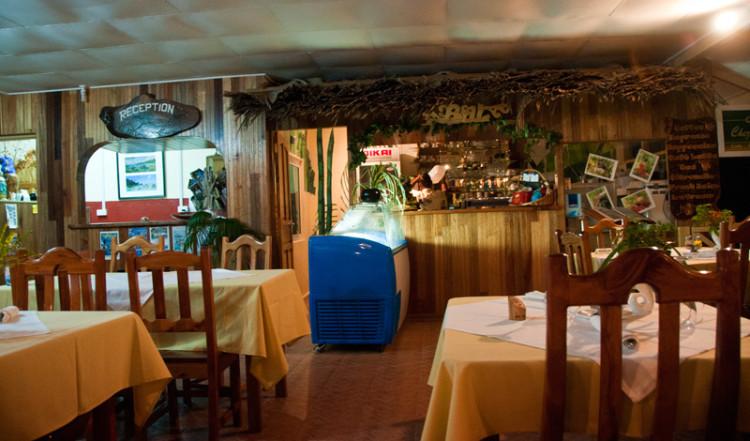 Interiör på Chez Marston, La Digue Seychellerna