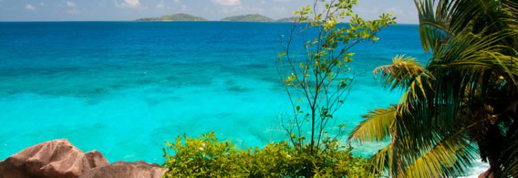 Utsikt från norra La Digue Seychellerna