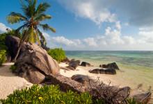 Vackra Anse Union strand, La Digue Seychellerna