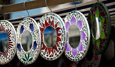 Speglar, Estepona marknad