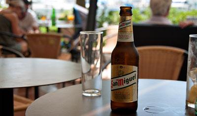 San Miguel på Bar Jazz, Estepona hamn