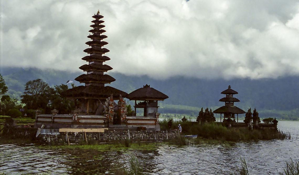 Ulun Danu Bratan vattentempel, Bali