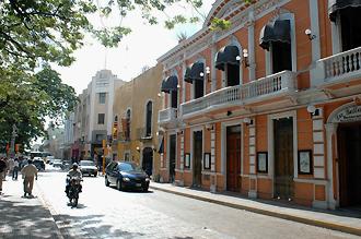 Gata i Merida, Mexiko