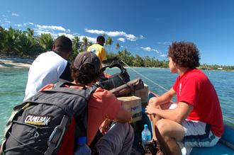 Båtresa till Nacula Island, Fiji
